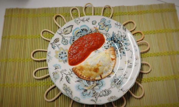 receta de empanadillas caseras de verduras y langostinos. una receta saludable de comer empanadillas, de la mano de tu dietista de san sebastian, vanessa blazquez